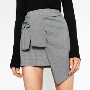 Zara Mini Skirt with a Knot in Front
